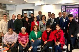"País Posible celebra con ""almuerzo navideño"" aumento militancia"