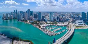 Estado Florida recibe 68.9 millones de turistas en seis meses