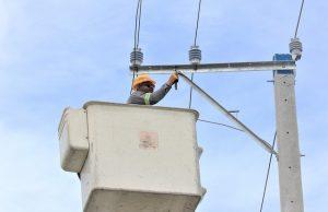 DUARTE: EDENORTE mejora servicio de energía en Castillo con 24 horas