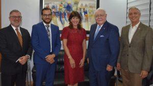 Embajadora EU elogia aportes Energía y Minas a avance energético