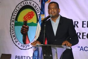 PEDERNALES: Abogado impugna la candidatura de Francisco Medrano
