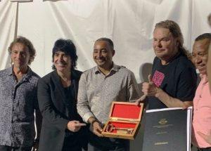 Grupo Maná y Alejandro Sanz reciben llaves de la ciudad de Punta Cana