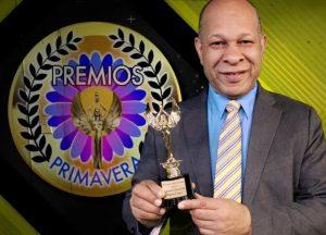 Comunicador dominicano Rafael Díaz gana Presentador del Año
