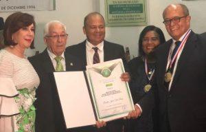 Premio Nacional de Medicina al doctor José Silié Ruiz