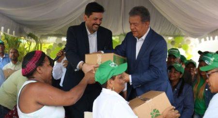 Leonel saluda las fiestas y dice su partido gobernará el país en el 2020
