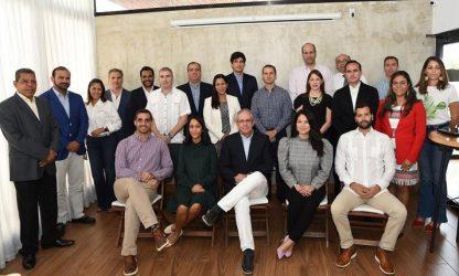 Eligen a Carlos Grullón presidente de la Asociación de Energía Renovable