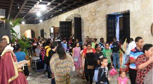 Noche Larga de los Museos atrajo en Santo Domingo a cientos de personas
