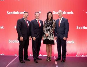 Scotiabank agasaja a sus clientes con motivo de la Navidad