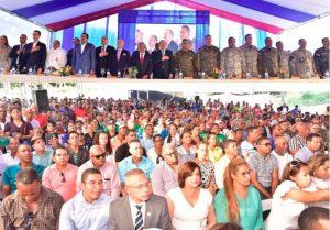 PUERTO PLATA: Presidente inaugura nuevas instalaciones militares