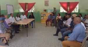 SAMANA: Ministro de Educación se reúne con representantes del sector