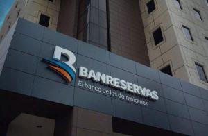 """Premian a Banreservas como """"Banco más seguro de la RD en 2019"""""""