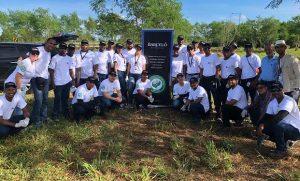SPM: Ron Barceló siembra unos 1,500 árboles en la Rotonda del Peñón