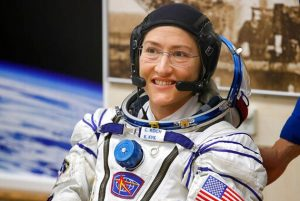 La astronauta Koch bate el récord de una mujer en el espacio: 289 días