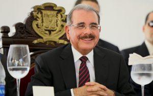 Presidente Medina felicita al pueblo dominicano por la fiesta de Navidad