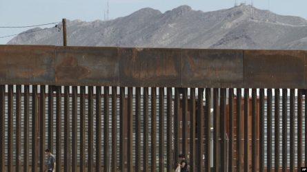 TEXAS: Juez bloquea uso de fondos del Pentágono en muro fronterizo