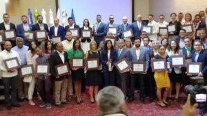 """Más de 15 industrias reciben """"Premio Nacional Producción Más Limpia"""""""