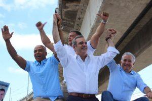 Abinader proclama candidatos del PRM en SD Norte y La Victoria