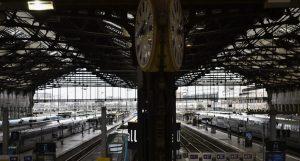 FRANCIA: Huelga cuesta 400 millones de euros a empresa de ferrocarriles