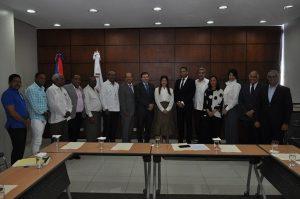 Comité de Salarios acoge acuerdo alza salarial hoteles y restaurantes