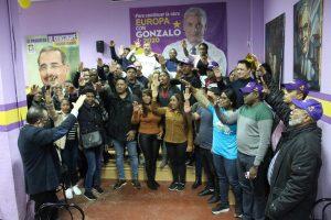 ESPAÑA: Juramentan un comando de campaña de Gonzalo Castillo