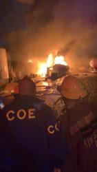 SDO: Genera pánico un incendio en la zona industrial del barriio Villa Aura