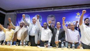 SAN CRISTOBAL: Juramentan comité de campaña del alcalde Nelson Guillén