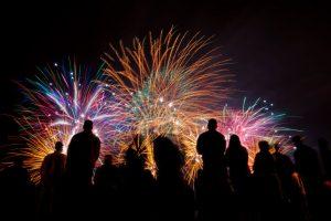 Las fiestas esperan por miles de dominicanos este último día del año