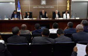 Partidos piden la JCE deje sin efecto resolución sobre orden en la boleta