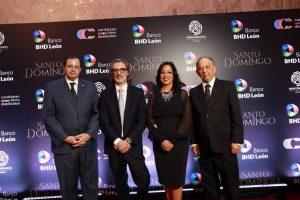 Presentan premier documental Santo Domingo de Pinky Pintor y Huchi Lora