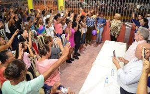 PLD juramenta Frente de Mujeres del Bloque 3 durante acto en Santiago