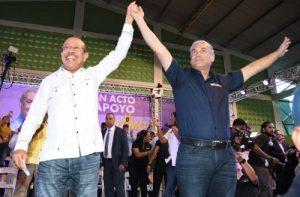 Gonzalo Castillo recibe apoyo de la estructura de Temístocles Montás