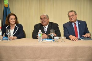 Siete hospitales implementan RD programa Mamá Canguro cuidar niños