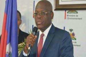 Empleados públicos de Haití en huelga por mejores salarios