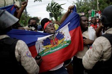 Haití lleva diez meses sin Gobierno y, desde hoy, también sin Parlamento