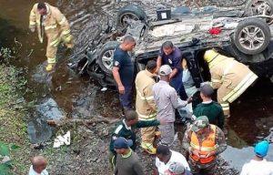 MONTE PLATA: Mueren 6 supuestos delincuentes en accidente tránsito