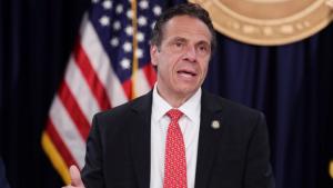 Cuomo indulta a 11 neoyorquinos que lograron reformarse