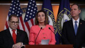 """EEUU: Pelosi anuncia """"gestores"""" para el juicio político a Trump"""