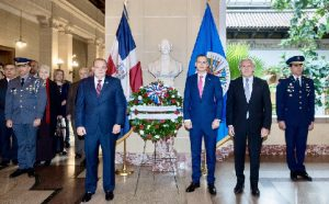 WASHINGTON: Secretario General de la OEA asiste a homenaje a Duarte