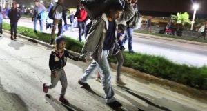 GUATEMALA: Caravana migrante hondureña avanza por dos puntos fronterizos