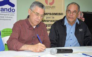 Aspirantes Alcaldía Santo Domingo Este firman compromiso de equidad