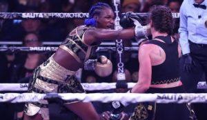 Claressa Shields logró tricampeonato mundial de boxeo