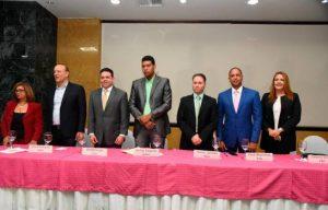 Candidatos prometen activar equidad de género en funciones municipales