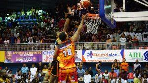 Club Antonio Guzmán se acerca al título basquet de ciudad de Higüey