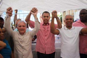 Guido Gómez respalda a Francisco Fernández, candidato alcalde de SDN