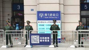 China pone cuarentena a 20 millones de personas para frenar coronavirus