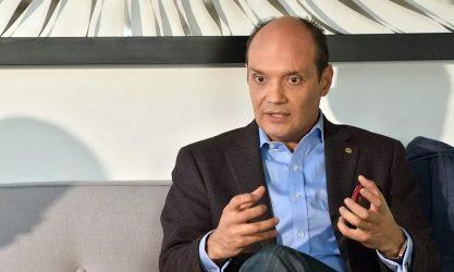 Ramfis reconoce labor de médicos, policías y militares en cuarentena