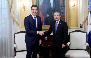 Danilo Medina felicita al presidente de España por su toma de posesión