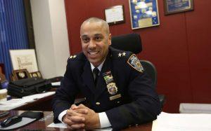 Asumió el cargo con desafíos dominicano nombrado jefe de patrullas de NY