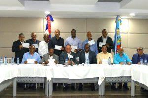 CAASD entrega  5.5 millones de pesos para el baloncesto Distrito Nacional