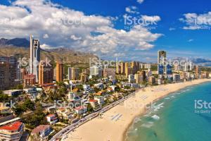 Citan los 4 destinos turísticos más importantes de España